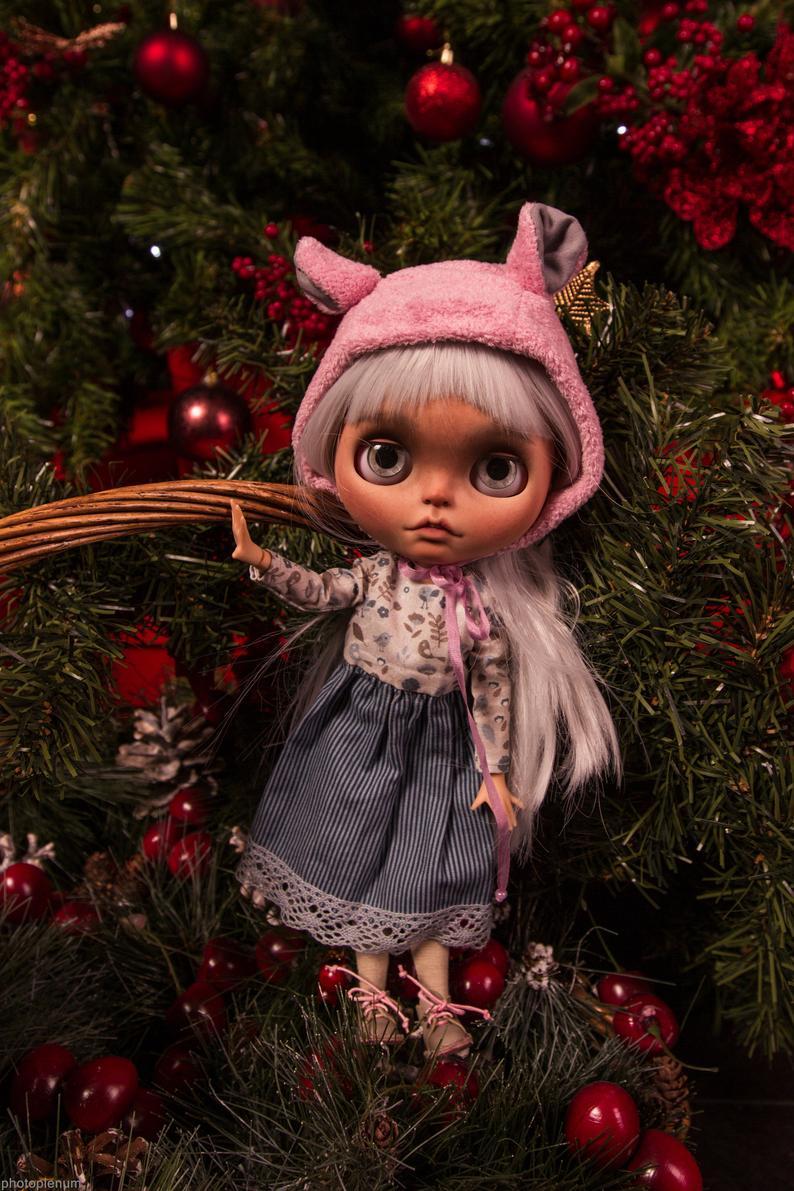 Mimi – Custom Blythe Doll One-Of-A-Kind OOAK Custom Blythe Doll (OOAK)