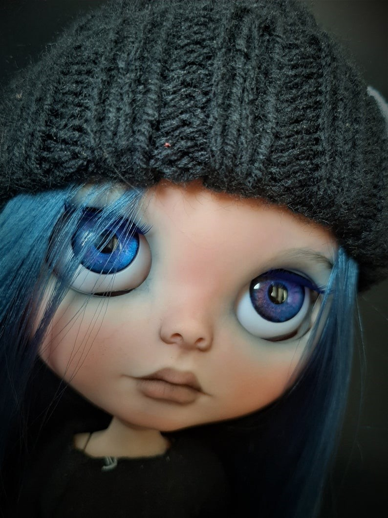 Ari – Custom Blythe Doll One-Of-A-Kind OOAK Custom Blythe Doll (OOAK)
