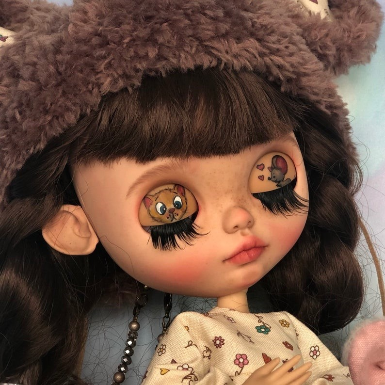 Jillian – Custom Blythe Doll One-Of-A-Kind OOAK Custom Blythe Doll (OOAK)