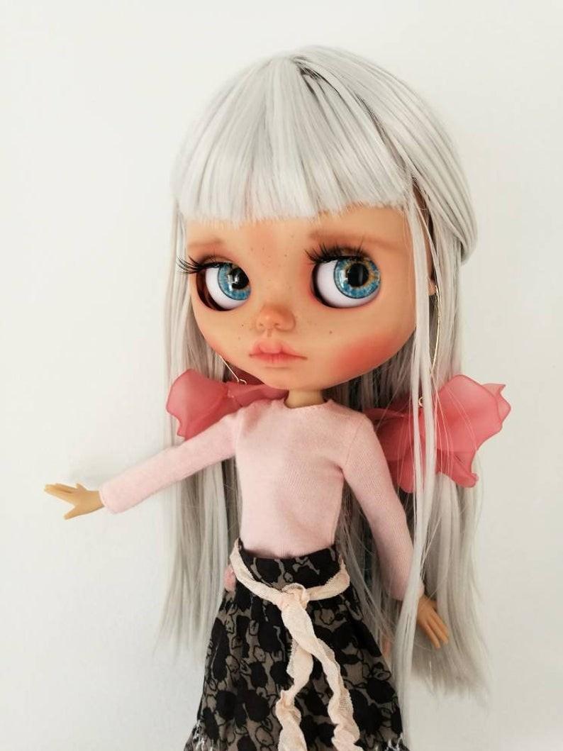 Koo – Custom Blythe Doll One-Of-A-Kind OOAK Custom Blythe Doll (OOAK)