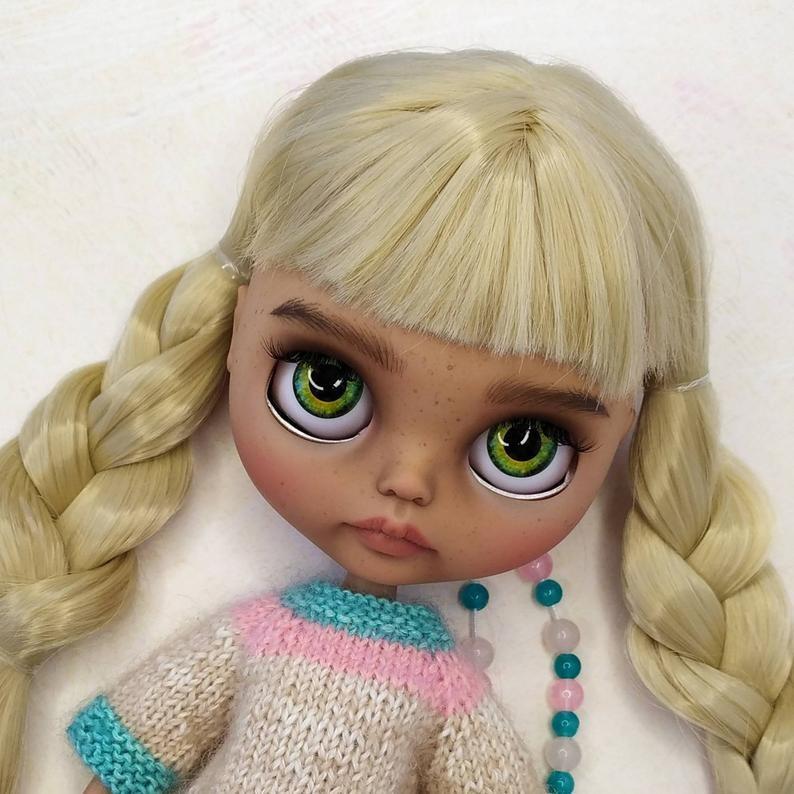 Lilyana – Custom Blythe Doll One-Of-A-Kind OOAK Custom Blythe Doll (OOAK)