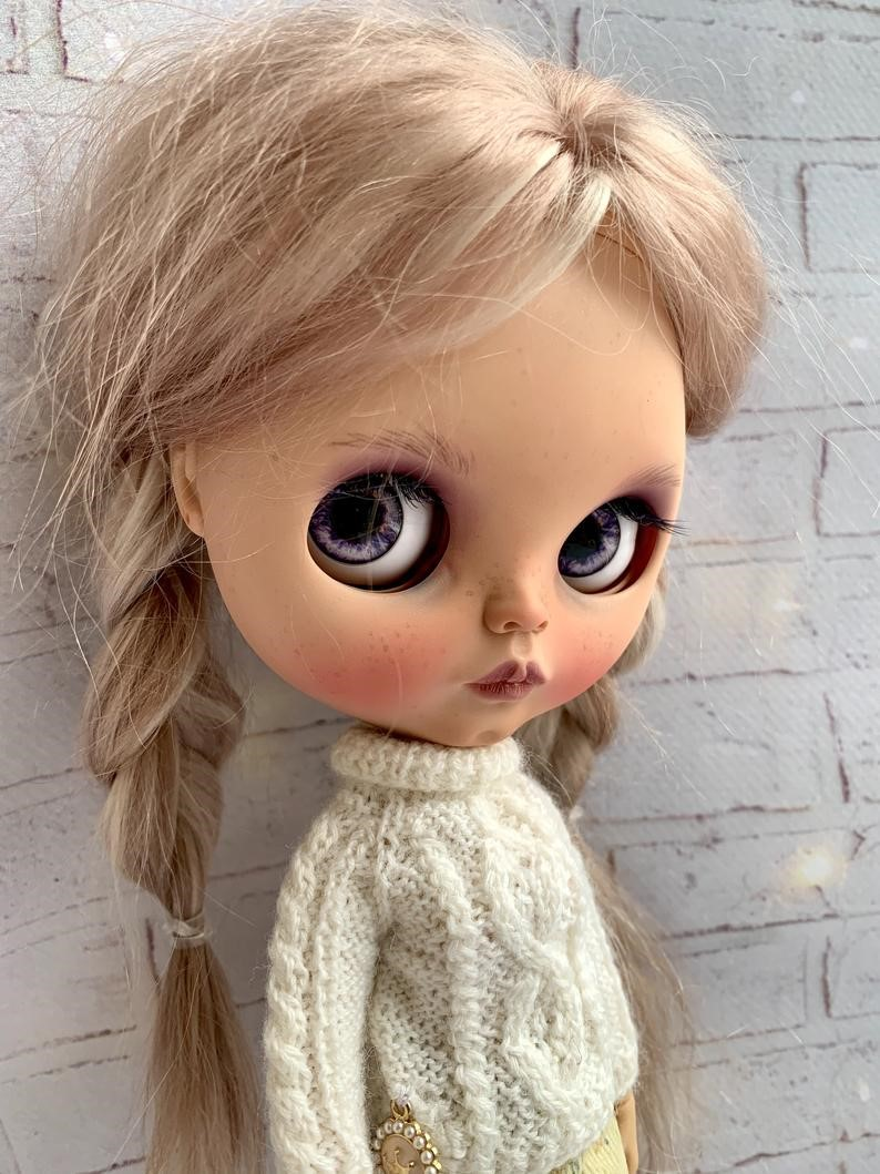 Poline – Custom Blythe Doll One-Of-A-Kind OOAK Custom Blythe Doll (OOAK)
