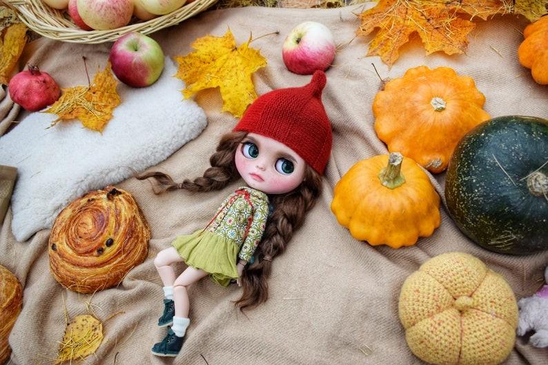 Simone – Custom Blythe Doll One-Of-A-Kind OOAK Custom Blythe Doll (OOAK)