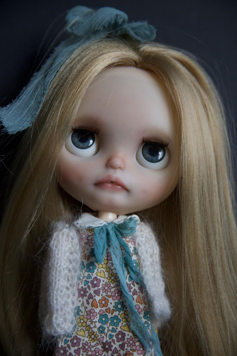 Sonya – Custom Blythe Doll One-Of-A-Kind OOAK Custom Blythe Doll (OOAK)