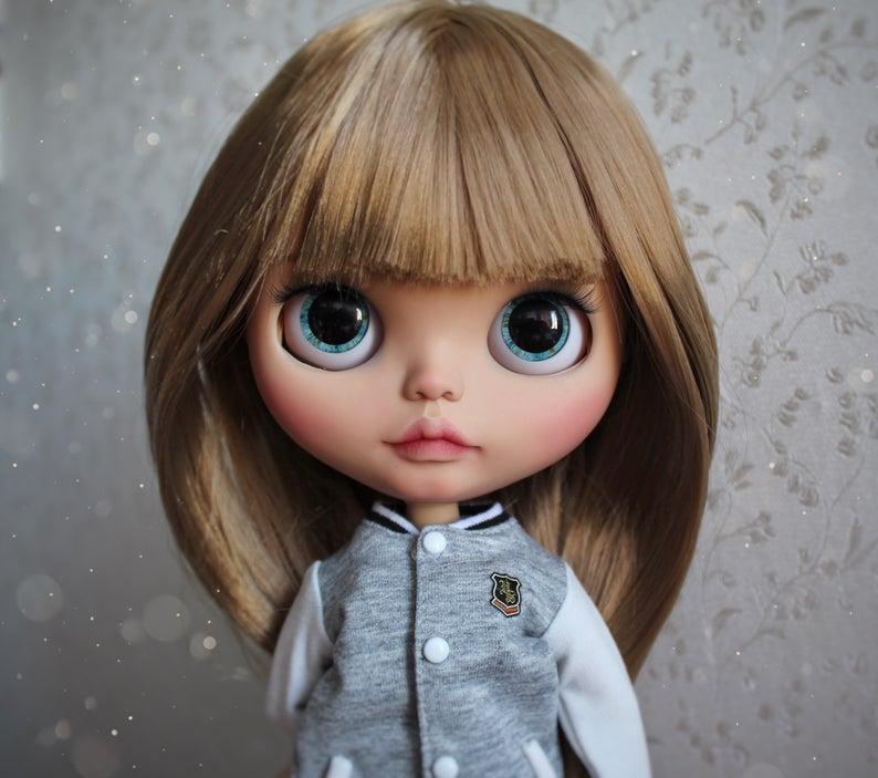 Jennifer – Custom Blythe Doll One-Of-A-Kind OOAK Custom Blythe Doll (OOAK)