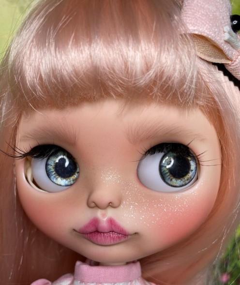 Ada – Custom Blythe Doll One-Of-A-Kind OOAK Custom Blythe Doll (OOAK)