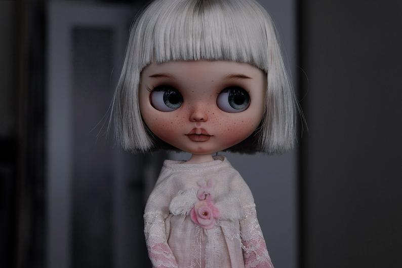 Evie - Custom Blythe Doll One-Of-A-Kind OOAK Custom Blythe Doll (OOAK)