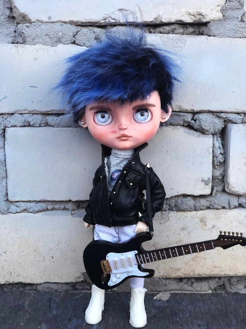 Imogen – Custom Blythe Doll One-Of-A-Kind OOAK Custom Blythe Doll (OOAK)