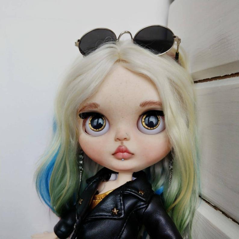 Isla - Custom Blythe Doll One-Of-A-Kind OOAK Custom Blythe Doll (OOAK)