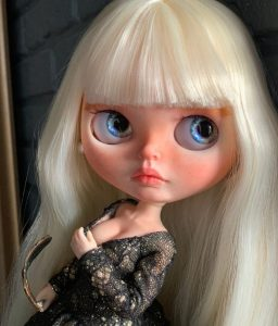 Linda - Custom Blythe Doll One-Of-A-Kind OOAK