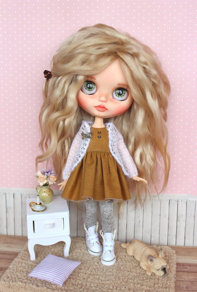 Molly - Custom Blythe Doll One-Of-A-Kind OOAK Custom Blythe Doll (OOAK)