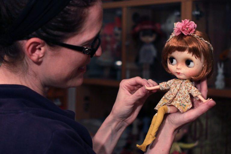 blythe doll cute look