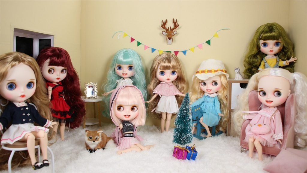 How Much Is a Blythe Doll? 1